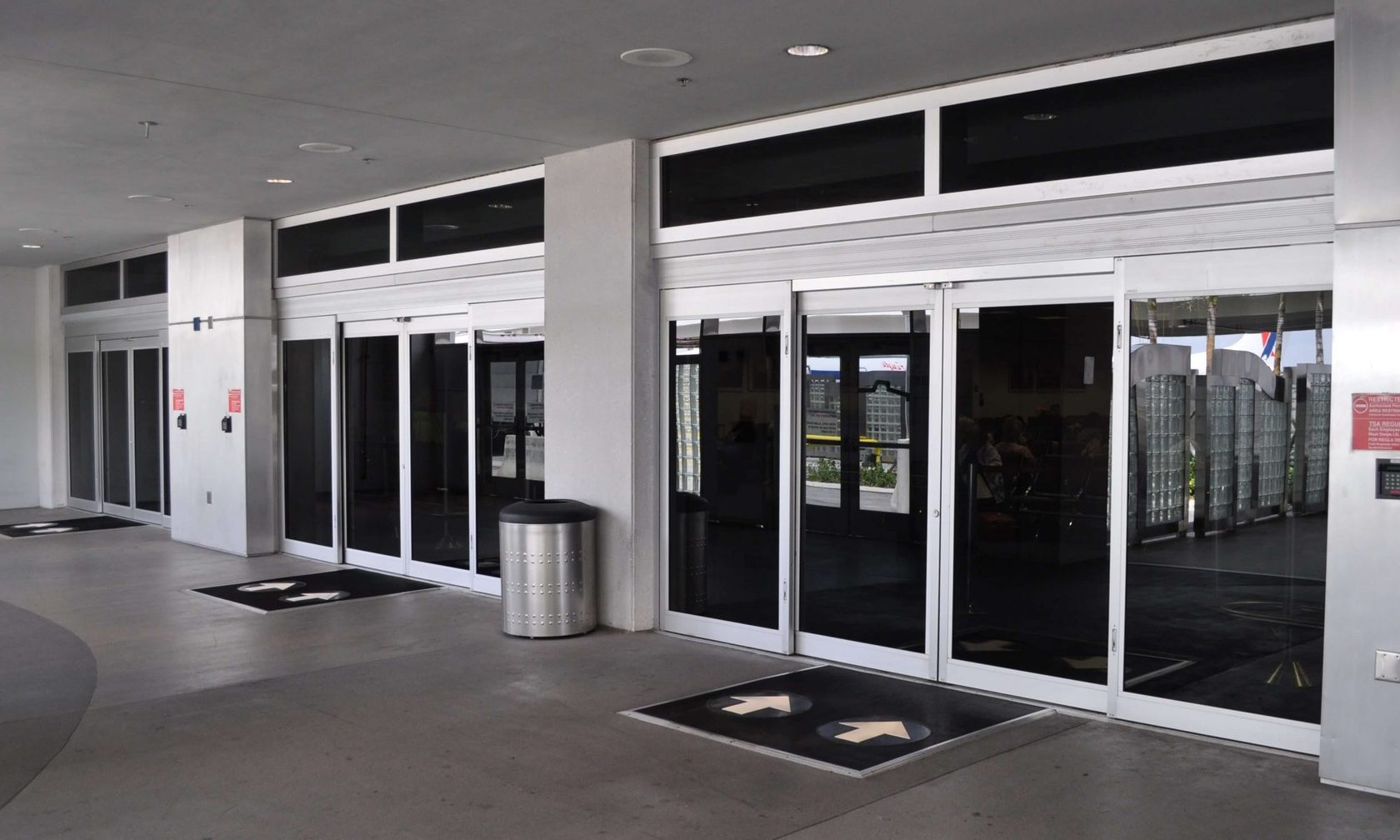 commercial sliding door repair Fort Lauderdale